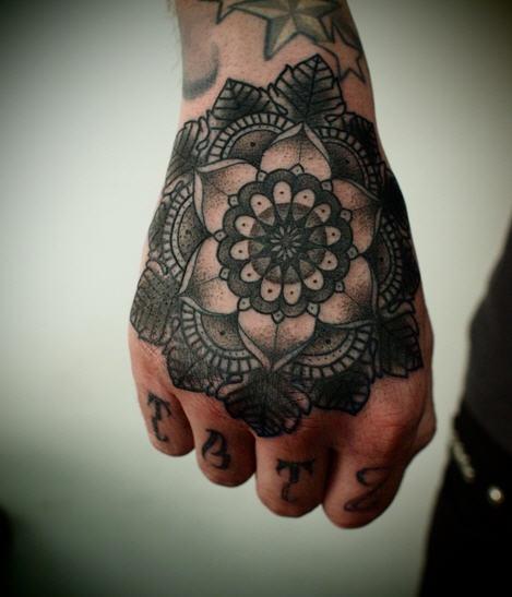 guy le tattoo