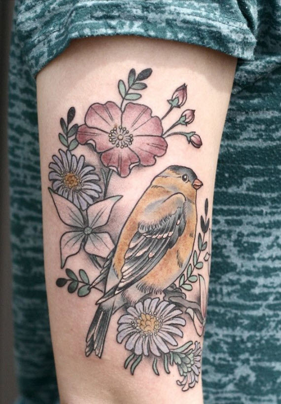 tatouage oiseau fleurs