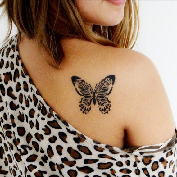 tatouage papillon graphique