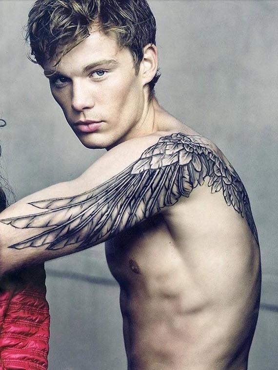 tatouage plume homme bras