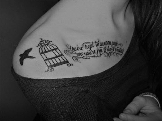 clavicule cage tatouage