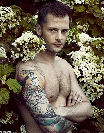 nicolas duvauchelle tatouage bras