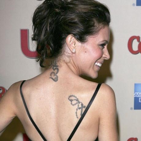 tatouage dos Alyssa Milano