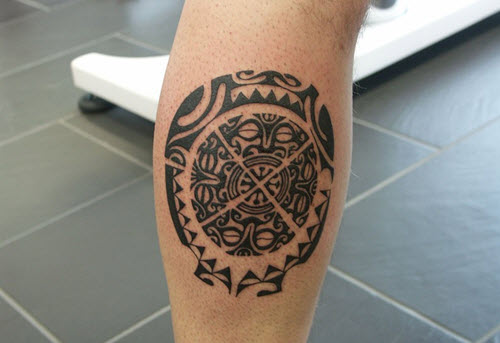 tatouage-mollet-homme