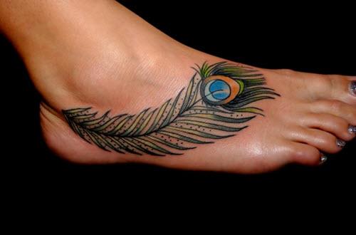 tatouage-pied-couleur